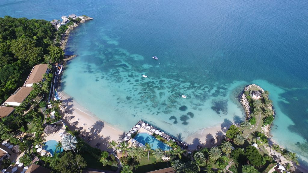 Blue Waters Resort & Spa #WCLL Summer Offers
