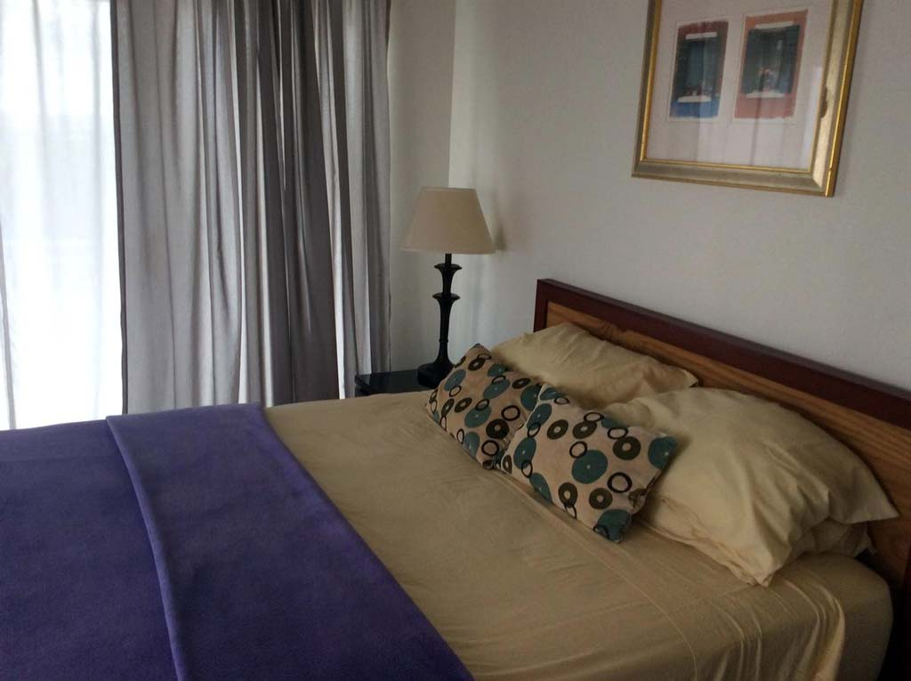 Buckleys Country Club purple bed