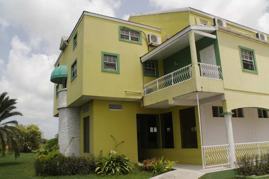 Caribbean Holiday Apartments exterior angle