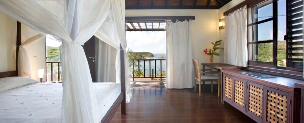 Casa Lidia bedroom with view