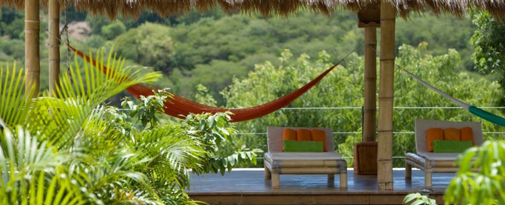 Casa Lidia deck and hammock