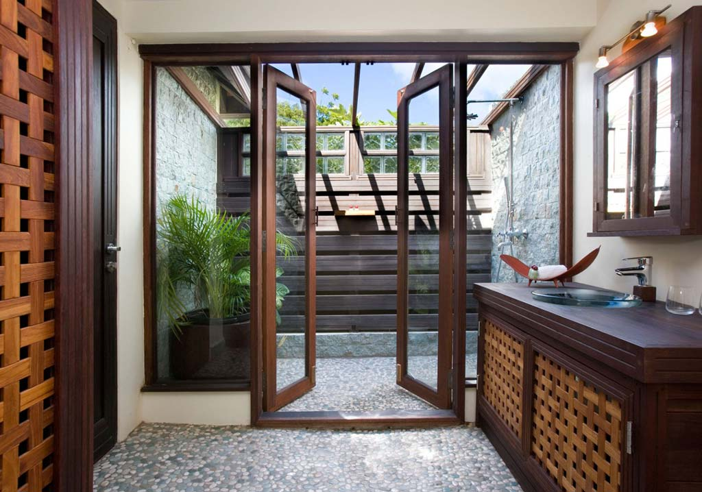 Casa Lidia powder room
