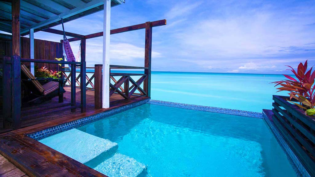 Cocos pool sea view