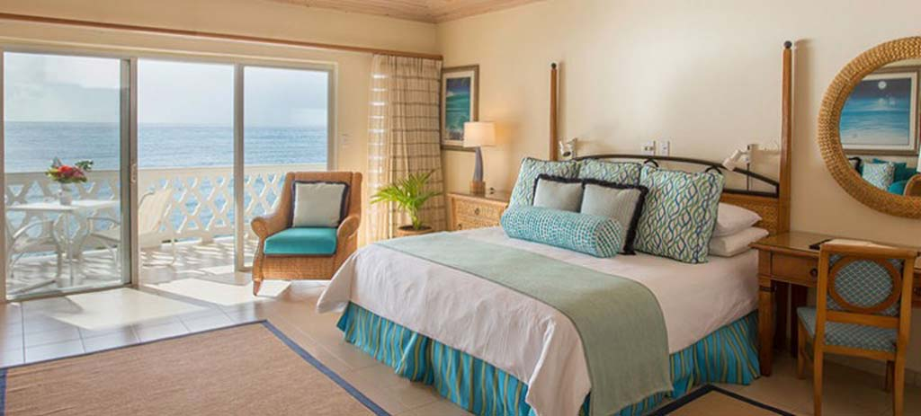 Curtain_bluff_suite_bedroom