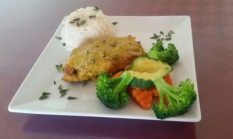 Island Fusion salmon in coconut curry sauce