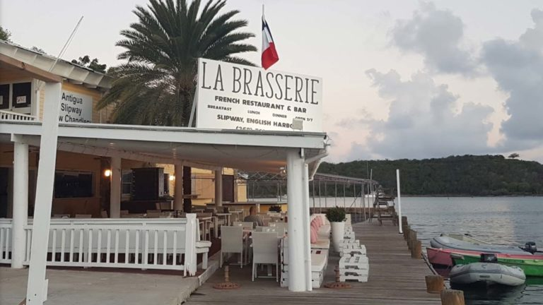 La  Brasserie French Restaurant & Bar