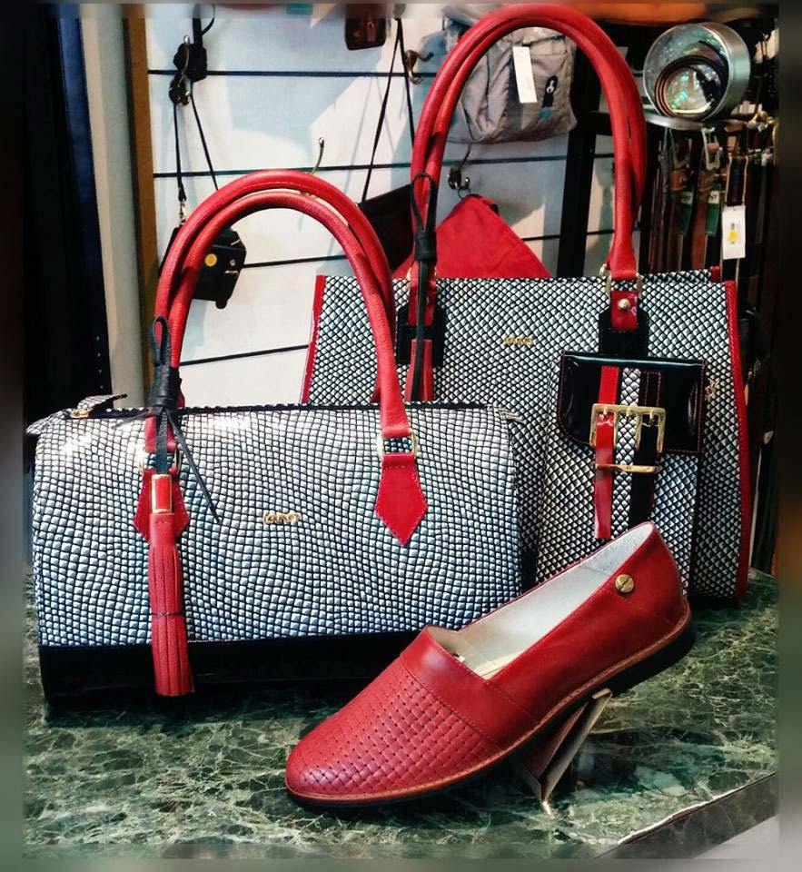 Land Leather black red white bags with matching red shoe