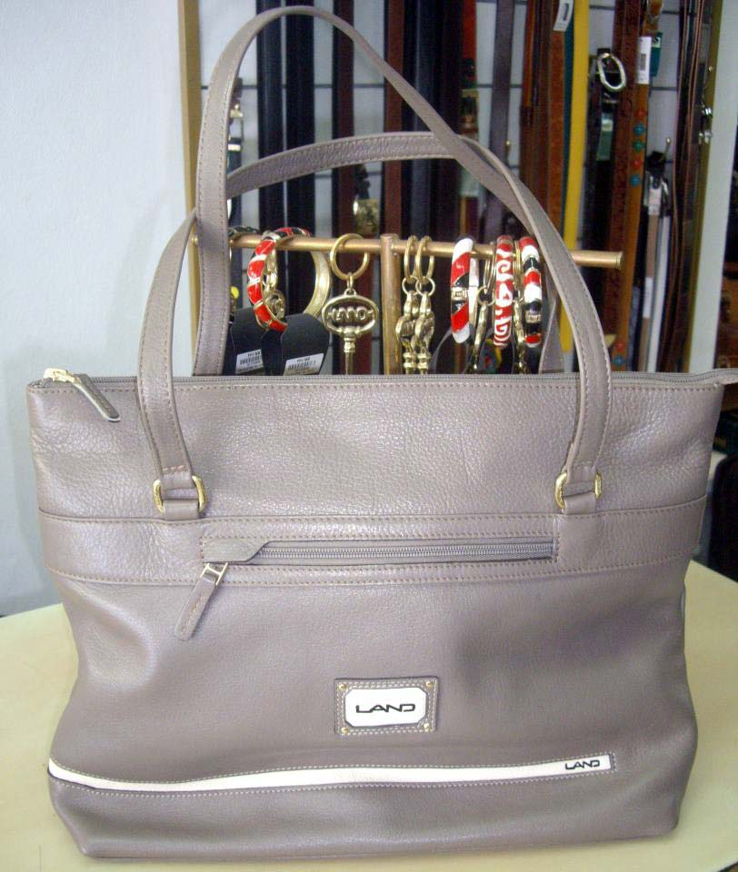 Land Leather gray bag with bracelets