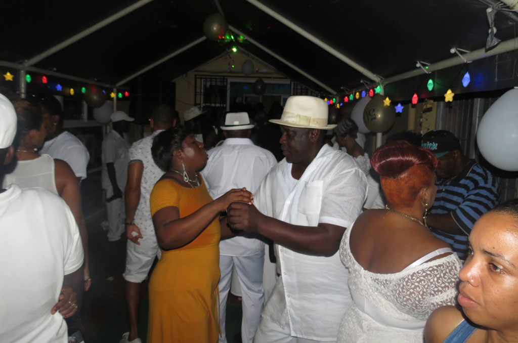 Paradise Cafe all white birthday party