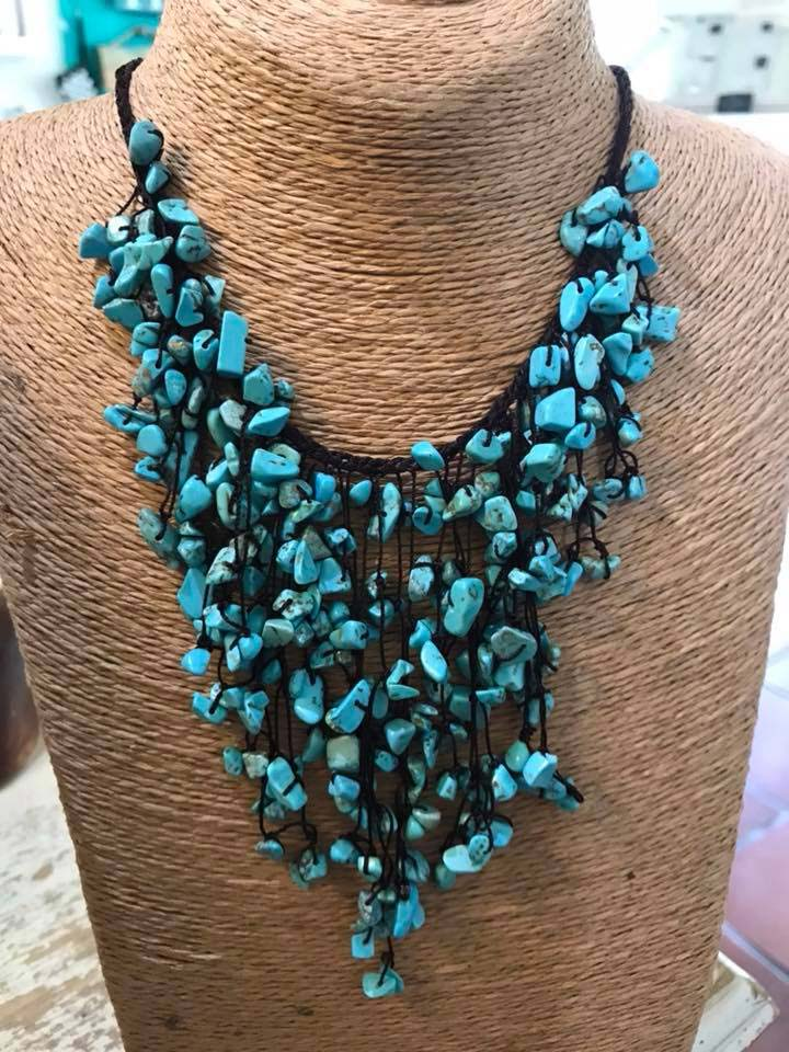 Silver Chelles turquoise necklace