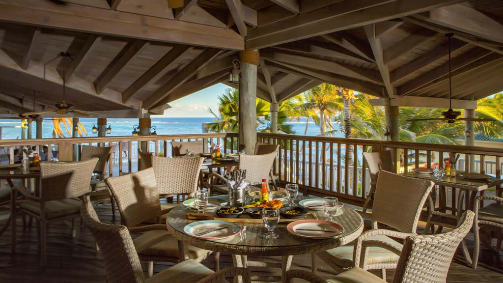 St James Club coco beach restaurant bar