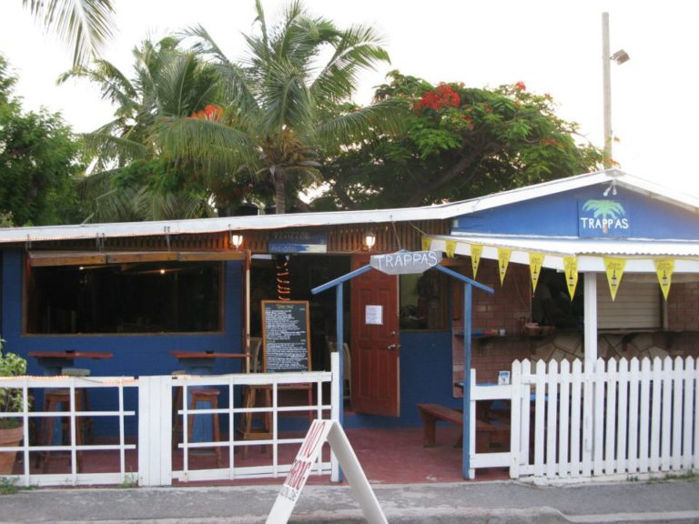 Trappas Bar & Restaurant