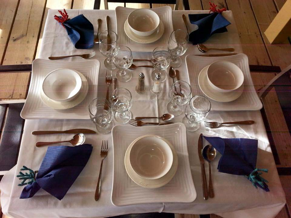 Turners Beach Bar table setting