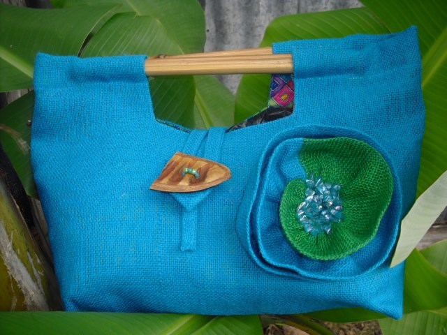 amyas-design-blue-bag