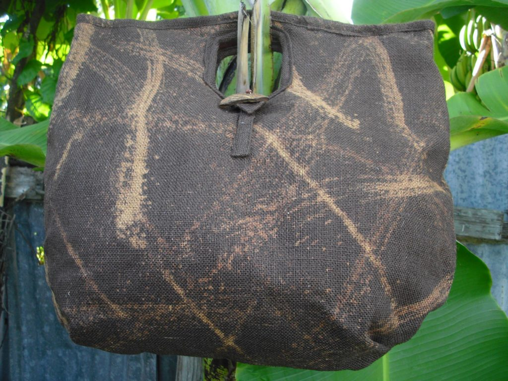 amyas-design-brown-bags