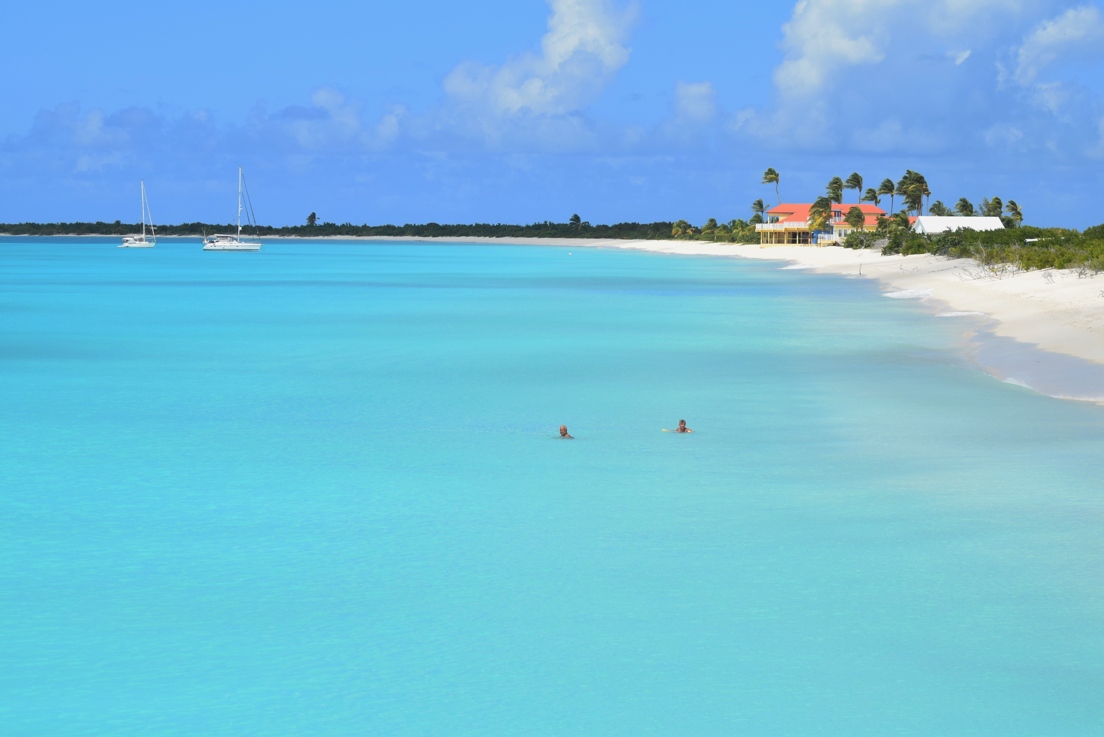 barbuda-express-beach