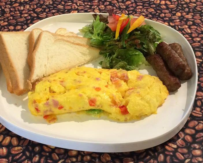 Cafe Bella omelette