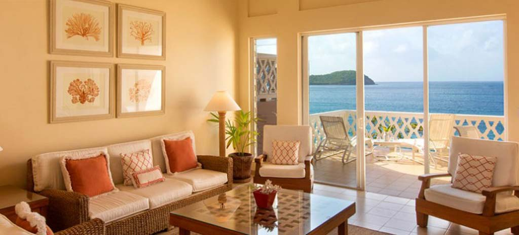 curtain_bluff_suite_living_room